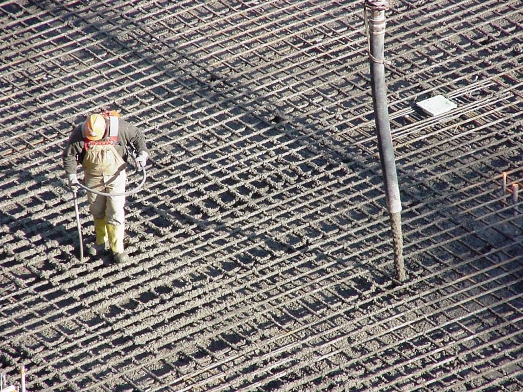 заливка арматуры бетоном