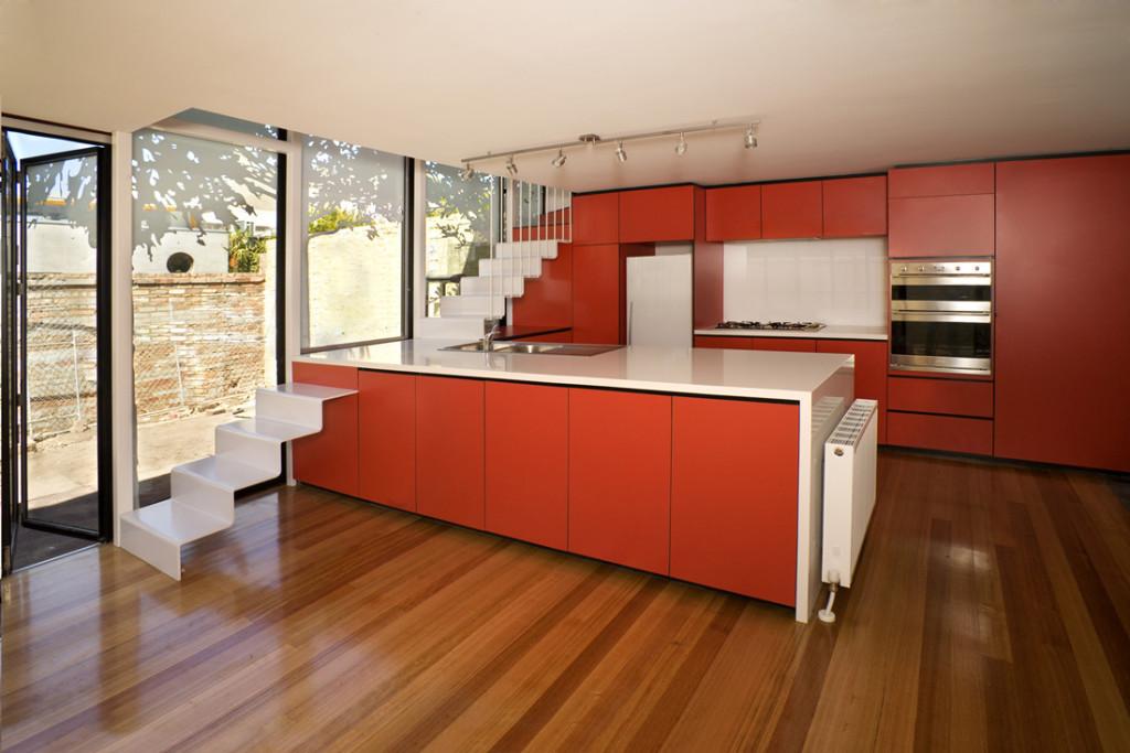 дизайн квартиры красный цвет