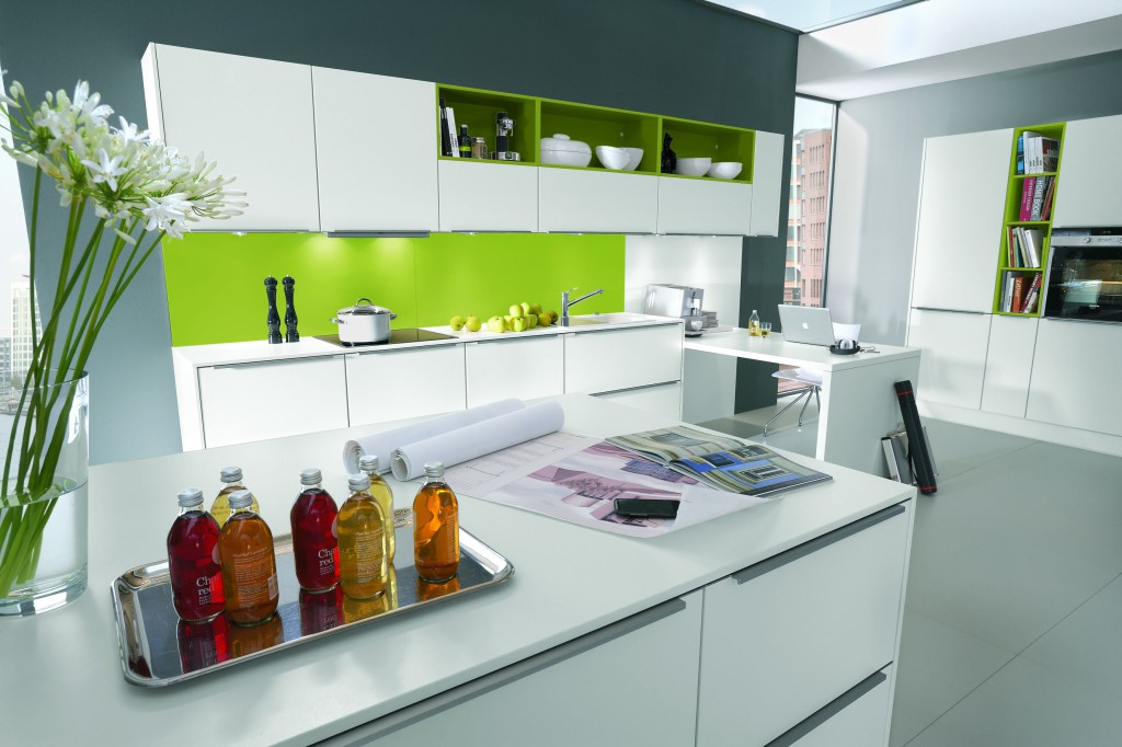 кухня модерн светлая