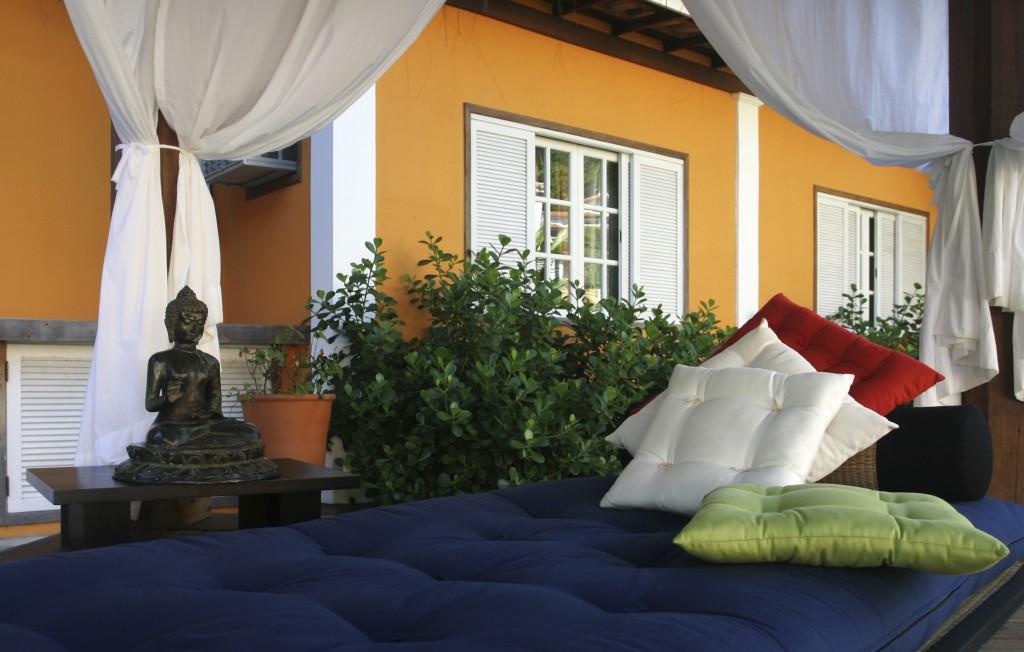 интерьер дом кровать подушки