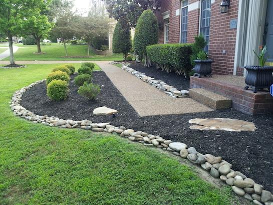 ландшафтный дизайн газон камни