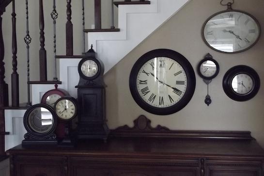 часы настенные настольные