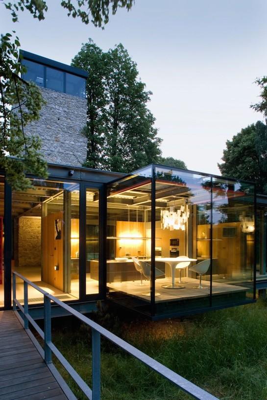 стеклянные стены