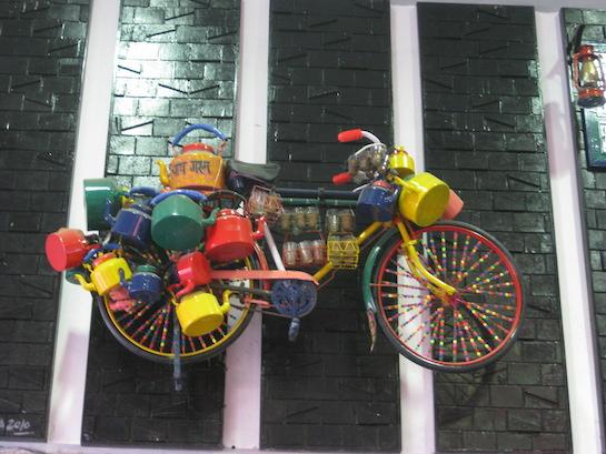 велосипед с чайниками